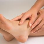 3 Simple Home Remedies to Relieve Dry Feet