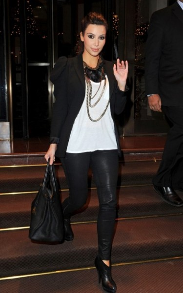 Tracey Evelyn- Wardrobe - kim-kardashian-fashion