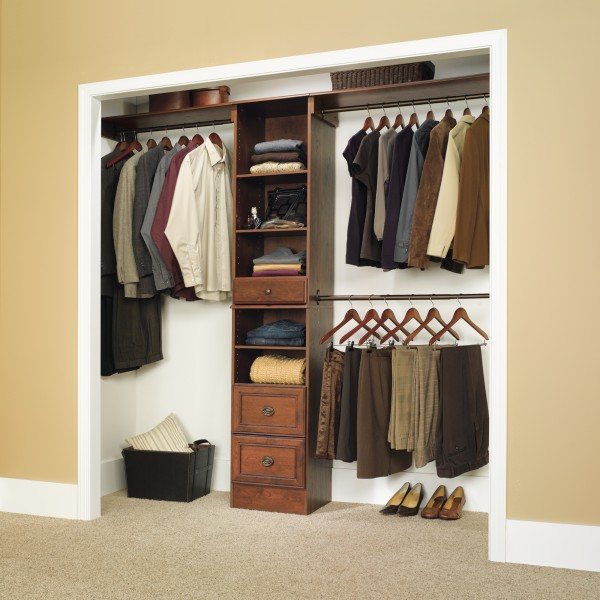 10 steps to tackle a cluttered closet