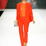 Monochromatic Color Can Help You Appear Thinner